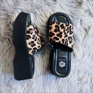 Shoes - Nineties Cheetah Platform Slips